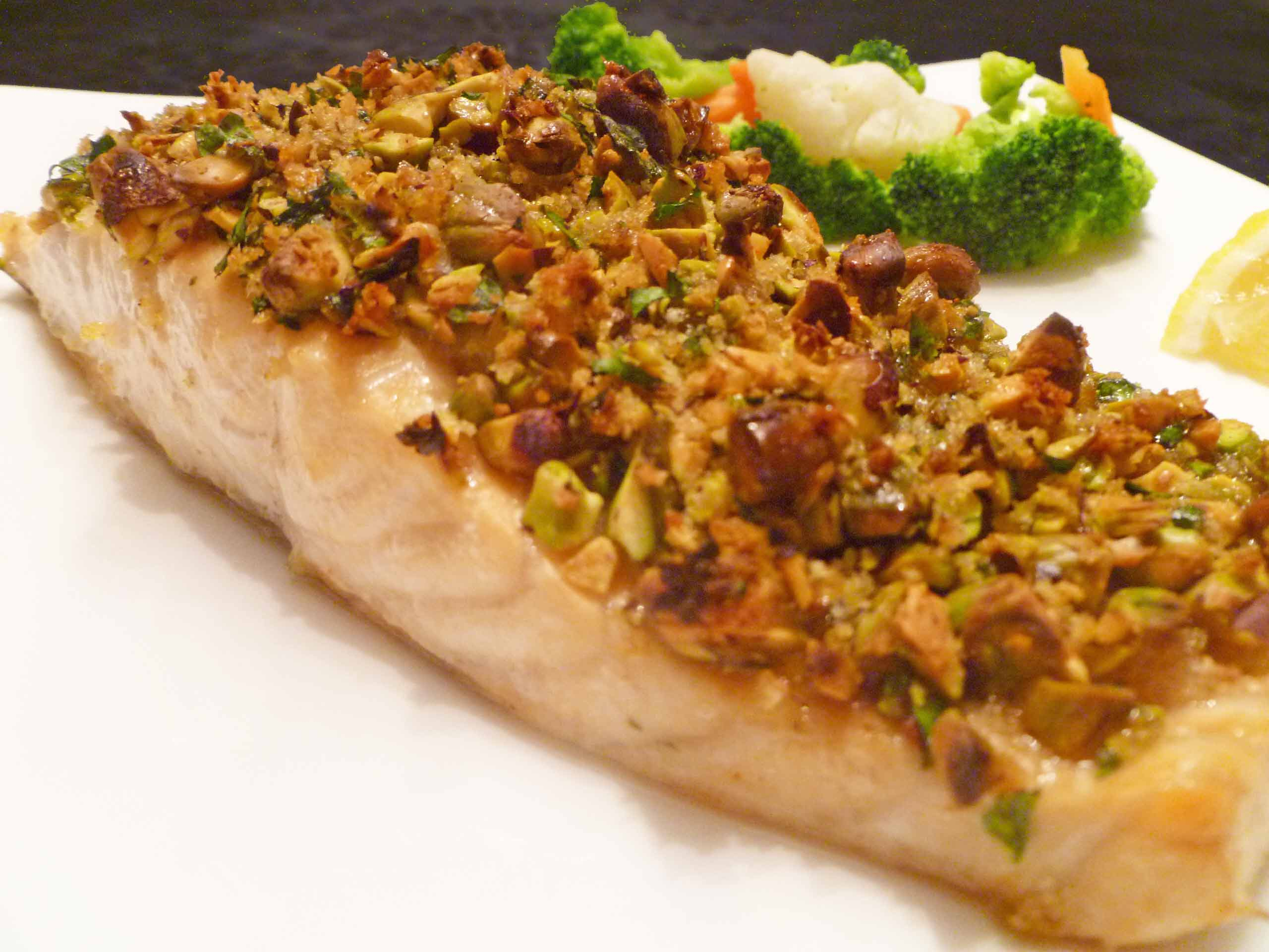 Panko pistachio crusted salmon this happy mommy for Pistachio crusted fish